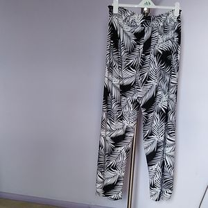 Black and white soft plazzo pants